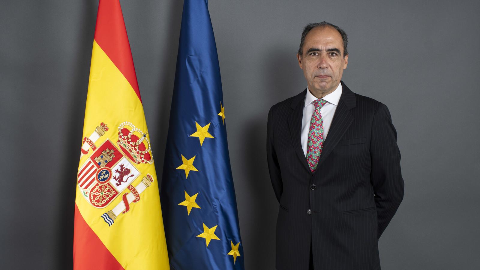 Videoconferencia con Alejandro Alvargonzález