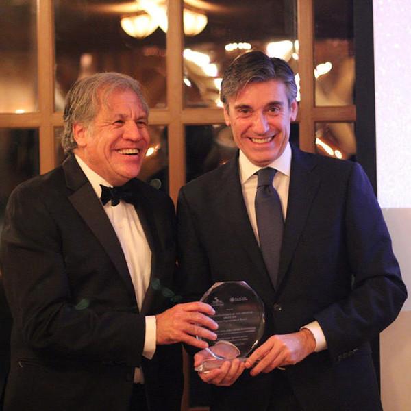 La OEA reconoce la labor de Fundación Microfinanzas BBVA