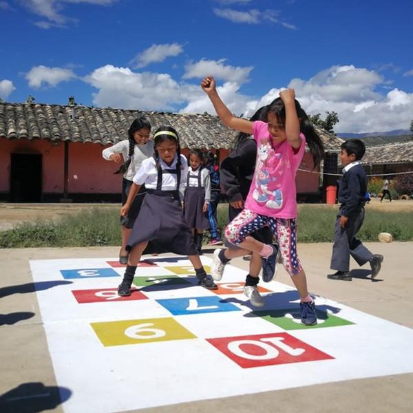 Proyectos sociales de OHL en Perú