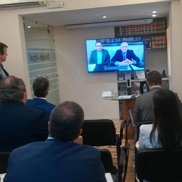Jornada sobre inversiones en Perú