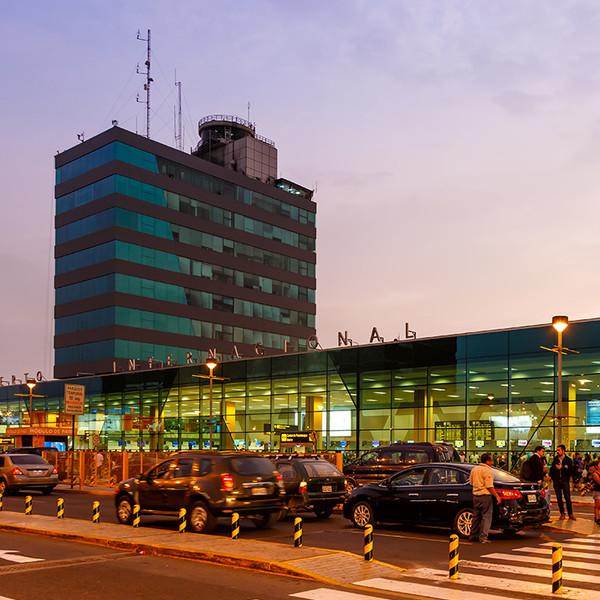 Perú reanuda sus vuelos a Europa