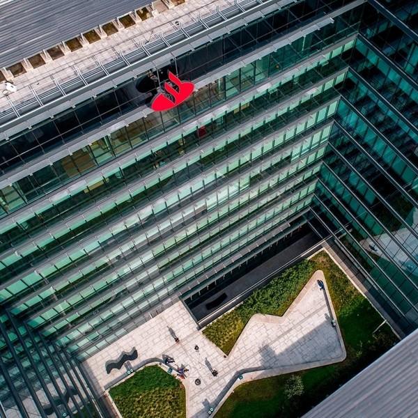 Santander, reconocido por The Banker como la entidad más innovadora en banca digital