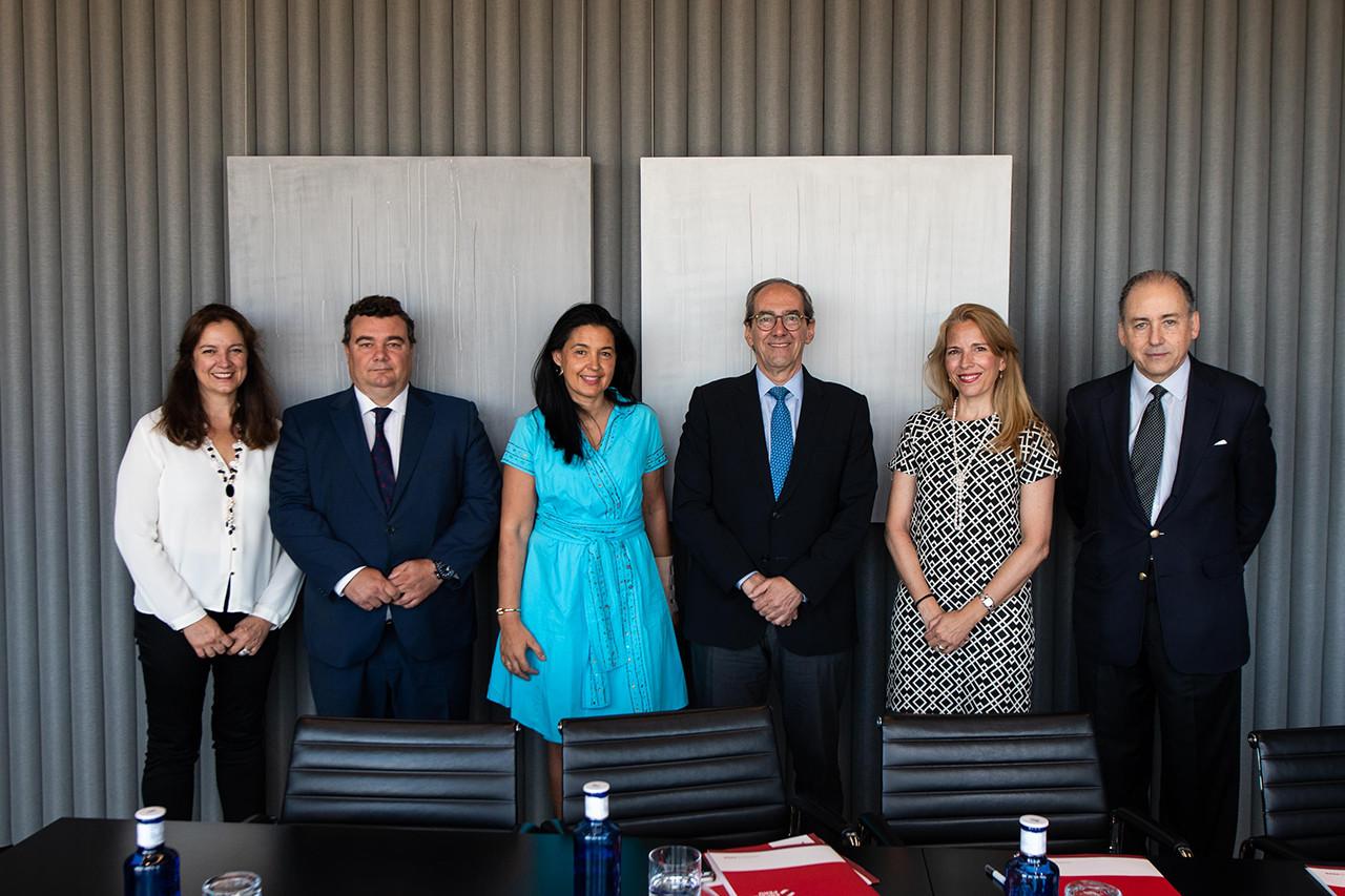 Primera reunión del Patronato de la Fundación Consejo España-Perú