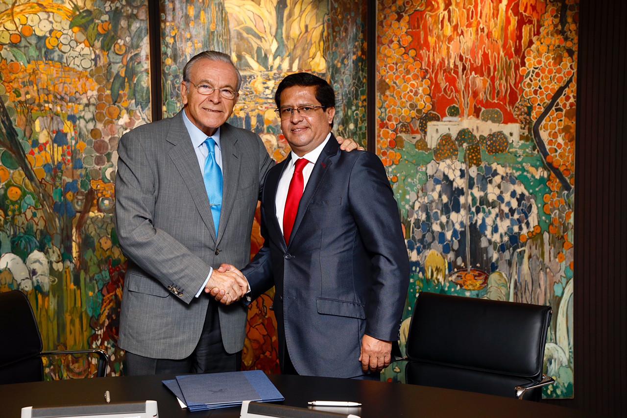 Fundación La Caixa impartirá su programa Jóvenes Emprendedores en Perú