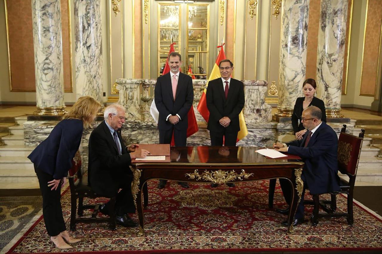 Acuerdo de colaboración entre las radiotelevisiones de España y Perú