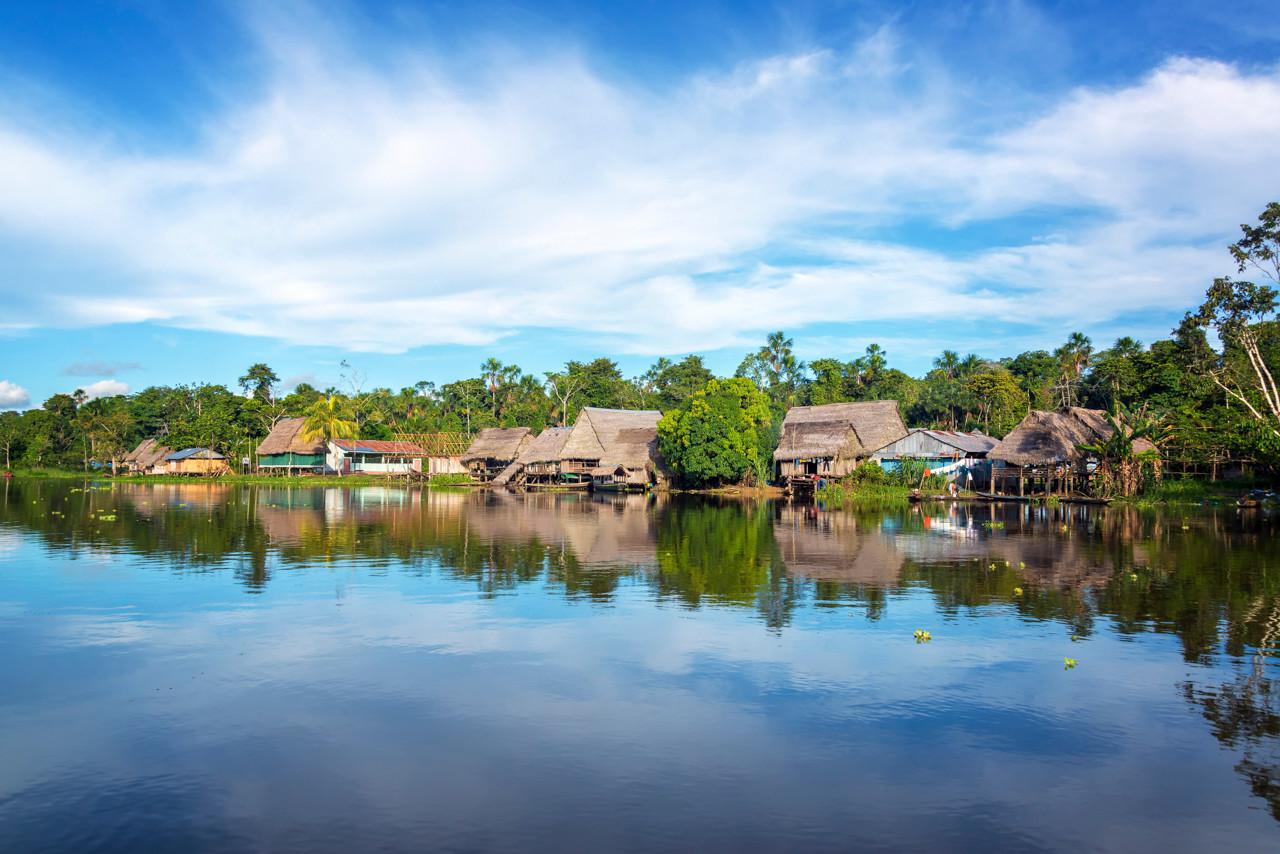Acciona.org llevará la luz eléctrica a 30 comunidades rurales de la Amazonía peruana